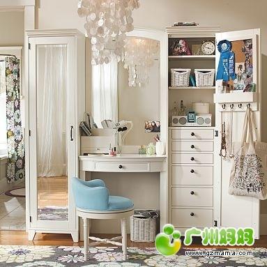 这样的梳妆收纳柜子,是不是应该请木工来做才好啊 装修家居