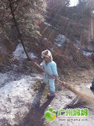 孩子穿着去衡山扫雪 -啦啦啦,又快新年啦 MM们给宝宝都准备了啥 晒图片