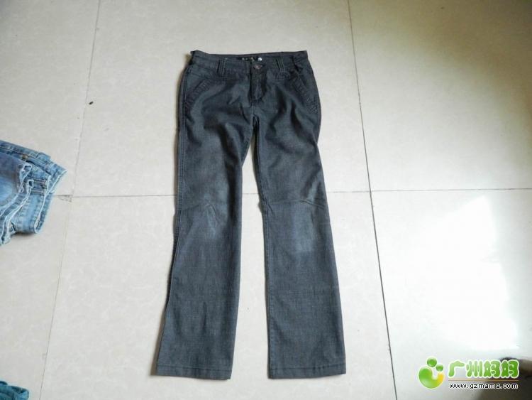 有几条裤子8成新,穿不进了,送给合适的人家牛仔中裤链子坏了,自