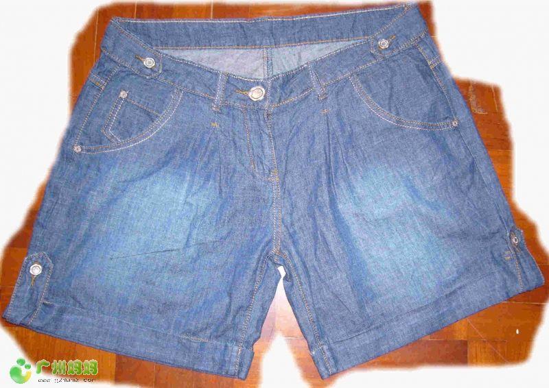 大码短裤 32码 $10 面料很柔软,男女都ok. -牛仔裤30以下就有收