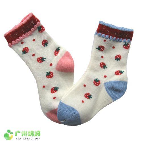 小女孩白袜 草莓.jpg